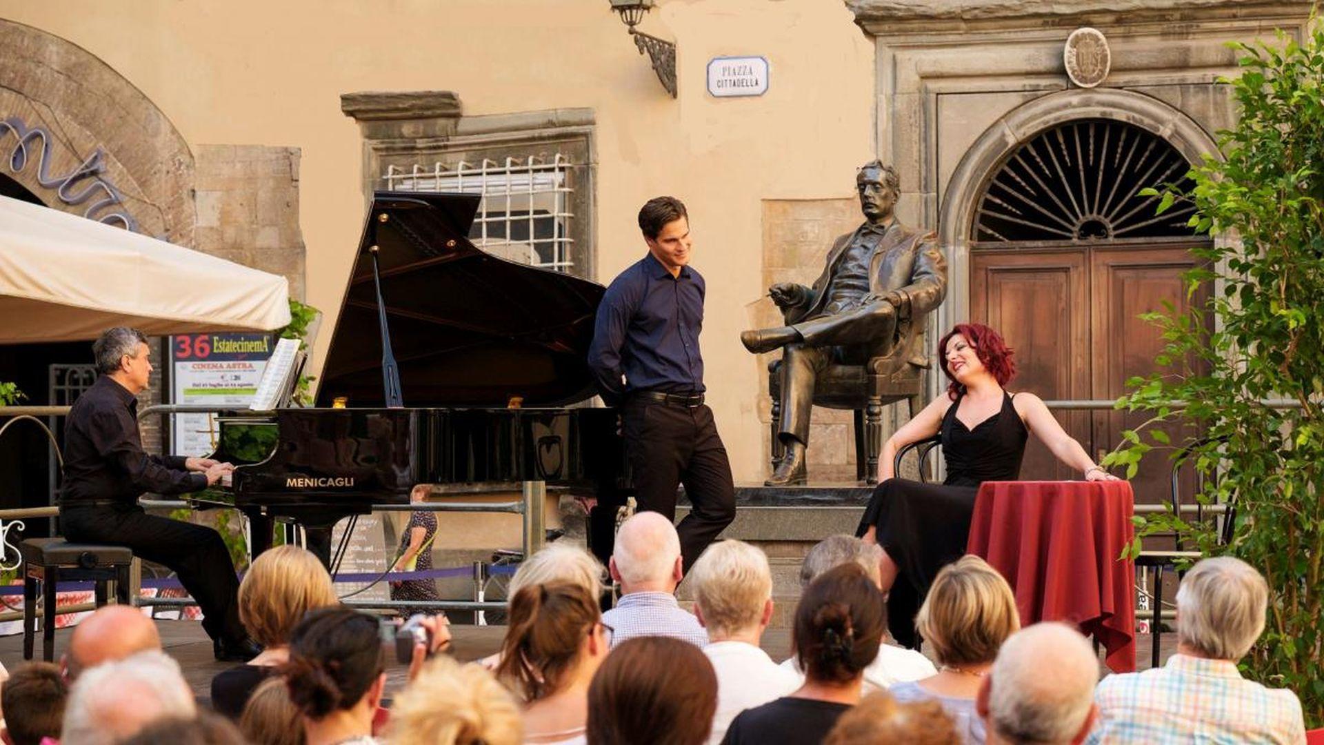 cartoline pucciniane in piazza cittadella - concerto
