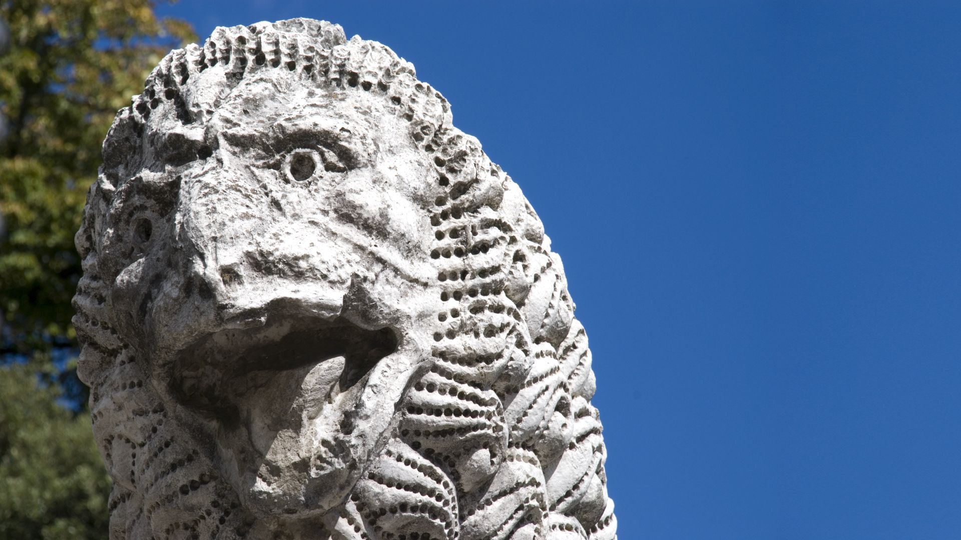 lion of the Roman period on the Wall of Lucca